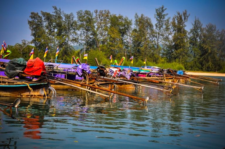 Boat-boat berbaris