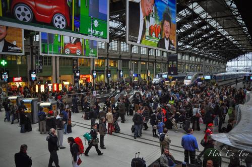 Gare De Lyon - Paling sebok. Semua nak balik kampung raya bang kali