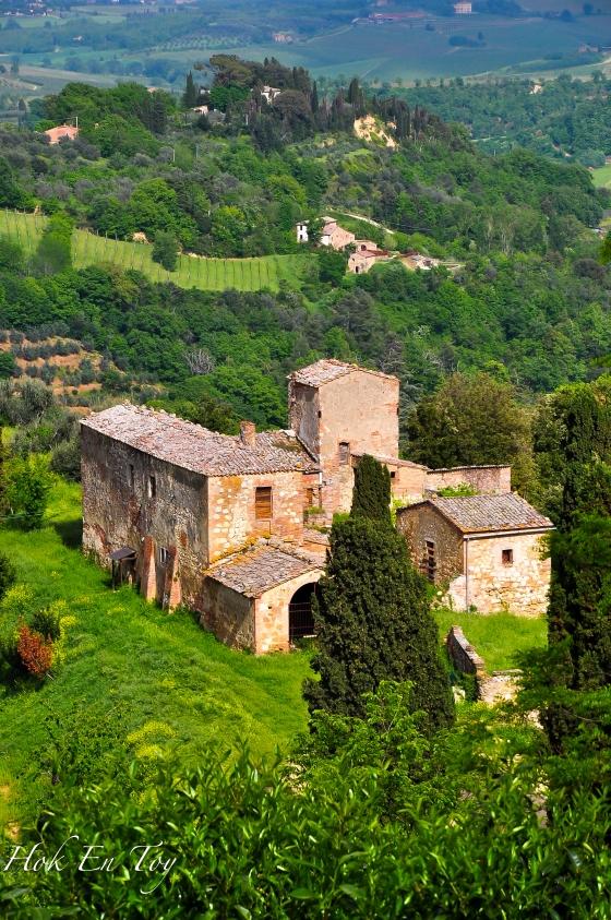 View dari atas bukit montepulciano