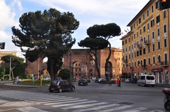 Jalan-jalan sekitar Rome