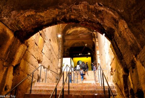 Kan aku kata.....tak Rome la kalau takde tangga