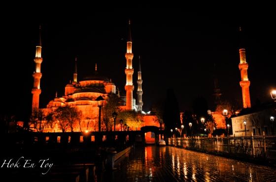 Suasana Subuh di Blue Mosque
