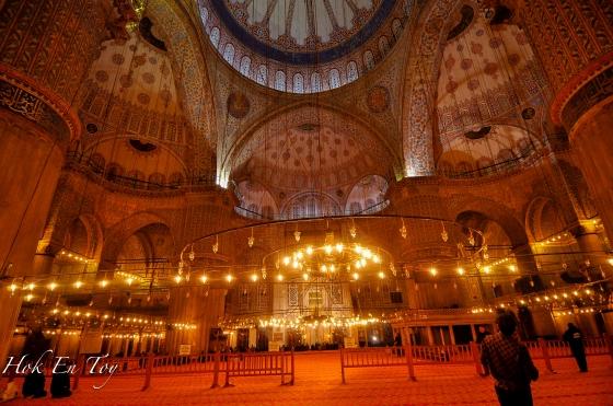 Dalam Blue Mosque