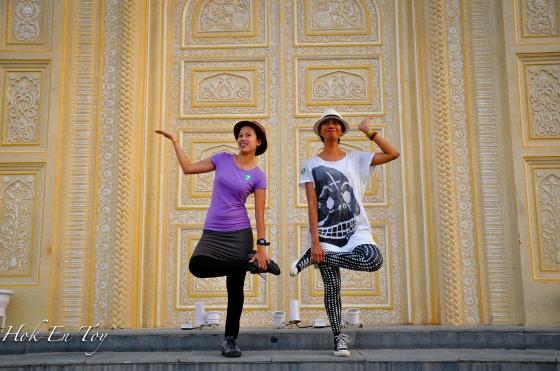 Ni jugak dengan pose joga masing-masing