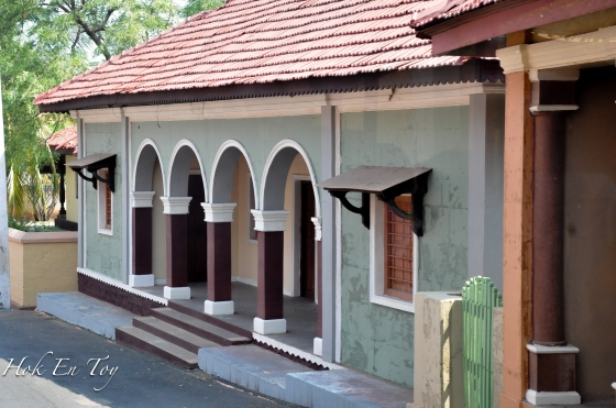 Rumah-rumah kampong dalam filem tamil