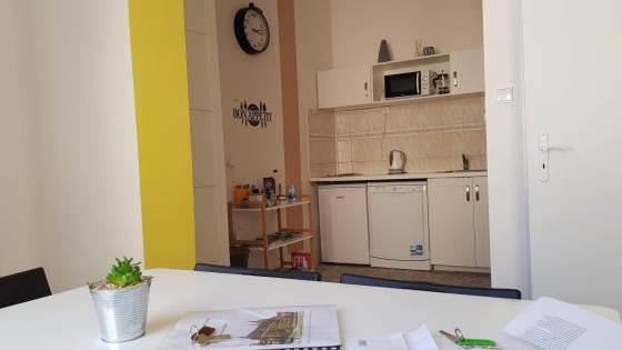 bnb kitchen